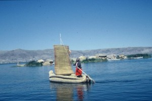 totora reed boat